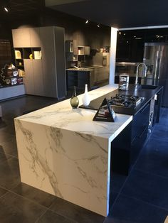 dekton trilium showroom kitchen suite hasseltweg genk kitchens in 2018 pinterest kitchen. Black Bedroom Furniture Sets. Home Design Ideas