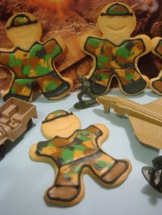 army sugar cookies | Posted by Butter Hearts Sugar at 4:44 AM