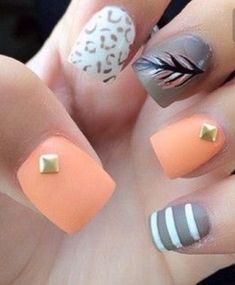 Peachy pink cheetah nails