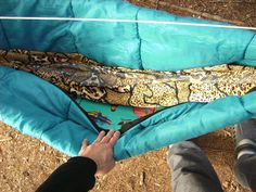 How to make a DIY camping hammock underquilt from a sleeping bag - Good for kids