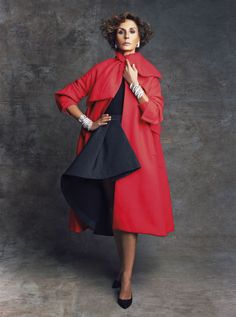 Women's Over 50 Fashion Picture Ideas - Unity Fashion Over 50 Womens Fashion, Fashion Over 50, High Fashion, Stylish Outfits, Cute Outfits, Fashion Outfits, Vogue, Sexy Older Women, Fashion Pictures
