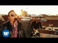 Revolver - Entre Las Nubes (Videoclip Oficial) - YouTube