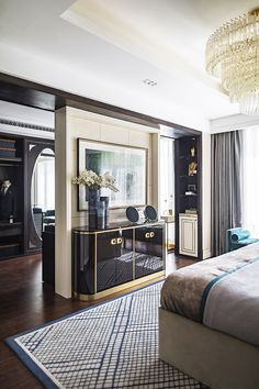 Classic Home Decor Themes That Are Always In Style Classic Home Decor, Classic Interior, Luxury Interior, Luxury Home Furniture, Home Decor Furniture, Wooden Furniture, Home Bedroom, Bedroom Decor, Luxury Bedroom Design