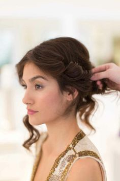 3 easy hair DIYs for every holiday and New Year's party #hair #beauty #holiday