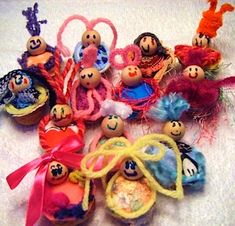 walnut craft ideas - babies, ships, turtles, etc.