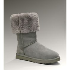 Represent your favorite genuine snow boots,the Classic Tall Boots origin from UGG Australia.The Boots feature in double faced Australia Merino Sheepskin in Grey Colors style.Get your UGG 5815 Boots right now in our ugg outlet store!