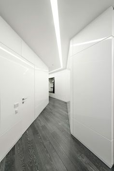 Exciting-New-Apartment-With-Futuristic-Design-Elements-That-Are-Truly-Unforgettable-(12)