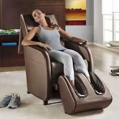 Wholebody vibration machine AcuVibes machines increases blood circulation and improves the transportation of oxygen and nutrients to body tissues and vital organs.
