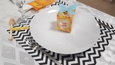 Plates, Tableware, Kitchen, Licence Plates, Dishes, Dinnerware, Cooking, Griddles, Tablewares