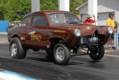 gassers | This Page is dedicated to Henry J and Allstate Gassers