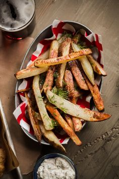 The Ultimate Classic Beer-Batter Fish & Chips — Rustic. Beer Battered Chips, Derby Recipe, Best Fish And Chips, Frozen Puff Pastry, Fried Vegetables, A Food, Food Processor Recipes, Yummy Food, Yummy Recipes