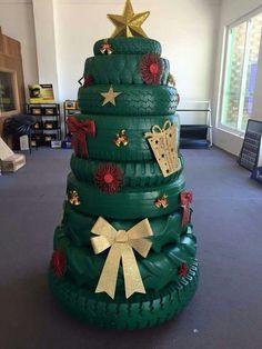Tyre Christmas Tree: