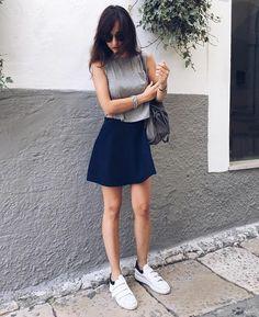 Non è uno spettacolo? 😍😍 La bella Rossellamarta con le nostre sneaker Via Roma 15 🔝🔝💓 Guardale su RICCISHOP.it 💓💓 #viaroma #sneaker #black #estate #primavera #bella #belle #lavoglio #borsa #gioielli #tivoglio #mia #adoro #cuore #saraimia #laurea #festa #vacanze #relax #gonna #sole #belli #mio #saldi #gioiello #sneakers #white #gonnellina #molise