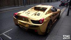 Ferrari 458 Spyder (versione GOLD)