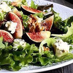 Dinner-Inspiration gefällig? Wir können gar nicht genug von diesem Feigen-Mozzarella-Salat bekommen! #dinner #foodinspiration #healthy #yummy