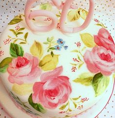 Iam so trying this for my moms 70th birthday cake!