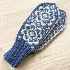 Bilderesultat for mønsterstrikk Knitted Hats, Gloves, Knitting, Winter, Fashion, Knit Hats, Moda, Tricot, Fashion Styles