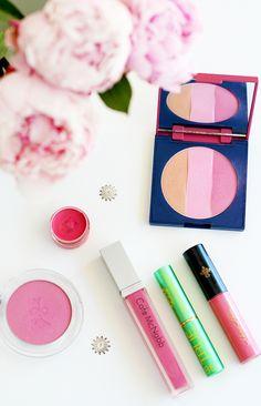 Lips And Cheeks Organic Beauty Blogger