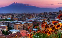 Piedra fundacional del complejo Kamar en Ereván | Soy Armenio
