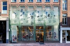 superfuture :: supernews :: amsterdam: chanel store relocation