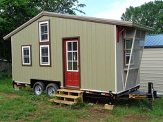 Larry's-tiny-house