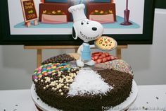 Does your child love pizza and Charlie Brown? Don't miss this Kara's Party Ideas fun and unique Peanuts-themed birthday party. Snoopy Party, Pizza Cake, Edible Creations, Cake Decorating Videos, Love Pizza, Baby Shower Parties, Baby Showers, Birthday Party Themes, Happy Birthday