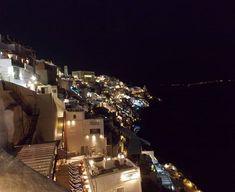Night view 🌕🌕Santorini at night ..#nights #nightout #santorini #σαντορίνη #santoriniatnight #view #myview #greekisland #lights #travel_greece #traveller #Greece #naturelover_gr #greecelover_gr #worldwidegreeks #exploresantorini #perfect_greece #enjoylittlethings #vacation #blissfulmoments #kyklades #greecestagram #instalifo #instamoment #picoftheday #foodblogger #cookingandart #marion_cookingandart
