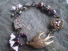 Bracelet by Patricia Gasparino / mylifeunderthebus.typepad.com