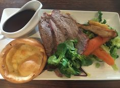 A review of the Sunday roast dinner at The Dragonfly, Newport.