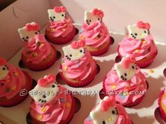 Could do this for the cupcakes and buy the Hello Kitty cupcake topper rings to put on top of them..