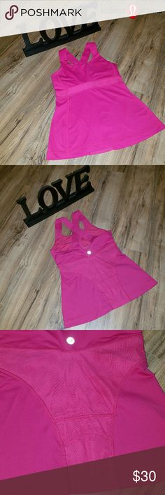 SALE!!!! Lululemon top. Good condition. Beautiful details, has a cell phone pocket in the back. Removable padding.slots.  I have several Lululemon workout tops, gear.  I will be adding more today and tomorrow. Bundle to save on shipping and get a 10% discount. lululemon athletica Tops