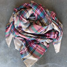 Warm, soft, and cozy plaid blanket scarf. Makes the perfect gift for a loved one or yourself! Scarf was taken under different lighting, truer to 2nd picture. Sc