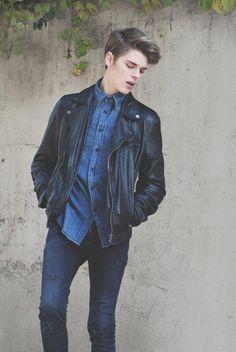 Blue Equis|| he looks like corey fogelmanis