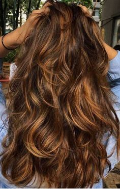 49 brown Balayage Highlights,Beachy balayage hair color, brown hair color ideas, honey brown hair co Cool Brown Hair, Honey Brown Hair, Chocolate Brown Hair, Brown Blonde Hair, Brown Hair With Highlights, Light Brown Hair, Hair Color Highlights, Ombre Hair Color, Hair Color Balayage