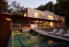 Lake Michigan Retreat by Wheeler Kearns Architects