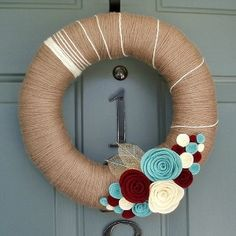 my kinda wreath :)