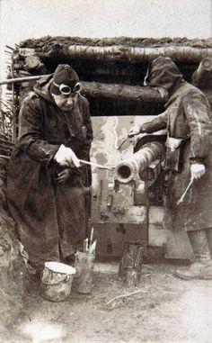 L'arme « camouflage »    La guerre de 1914-1918 ne fut pas la guerre éclair tant attendue.