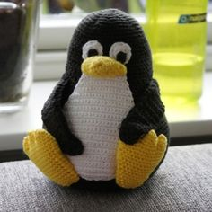 Free pattern: crochet Linux Tux