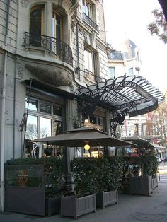 Brasserie des Brotteaux - 1 place Jules Ferry, Lyon (69) by Yvette Gauthier, via Flickr
