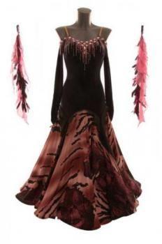 http://www.dancedress24.de/Selma_Castiglione-1055-23161-Black_and_pink_ballroomdress_SALE.html