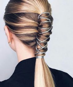 66 Most Alluring Ponytail Hairstyles Inspiration To Try queue de cheval coiffure longue, coiffure en Long Ponytail Hairstyles, Easy Hairstyles For Medium Hair, Ponytail Styles, Casual Hairstyles, Weave Hairstyles, Medium Hair Styles, Short Hair Styles, Hair Ponytail, Pony Hair