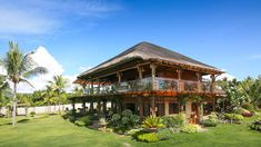This Beach House in Bohol Looks Straight Out of a Painting Sip House, Rest House, Tropical House Design, Tropical Houses, Tropical Architecture, Modern Architecture, Filipino House, Wooden House Design, Philippine Houses