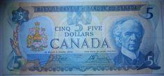 $ 5 billet canadien / Canadian $ 5 Bill (1/2) Canadian Dollar, Frame, Banknote, Picture Frame, A Frame, Frames, Picture Frames