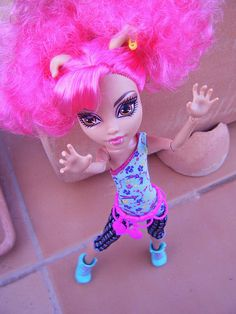 Howleen Wolf Howleen Wolf, Monster High, Clothing Patterns, Disney Characters, Fictional Characters, Dolls, Disney Princess, Knitting, Image