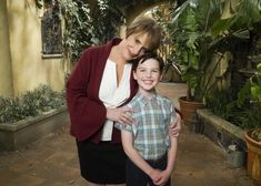 Patti Lupone Meets fan Iain Armitage on the sets of Mom/Young Shelton.
