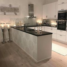 Interior Design Hd, Interior Decorating, Carina, Decoration, Beautiful Kitchens, House Rooms, Basement, Kitchen Design, Kitchen Ideas