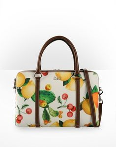 89e87ea74128 90 Best     Fruit clutch and bags     images