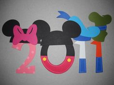cute numbers idea for cover page of disney scrapbook