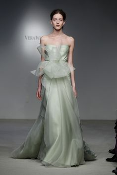Vera Wang PV12 - Pasarela