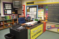 Cool Late To The Party But Heres My Classroom Teaching Class Within Teacher Desk Setup Classroom Layout, 5th Grade Classroom, Classroom Setting, Classroom Design, School Classroom, Classroom Decor, Teacher Desk Decorations, Kindergarten Classroom, Future Classroom